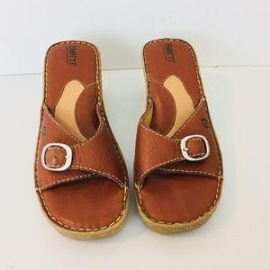 Born Brown Leather Wedges Size 9 (40.5) A1056